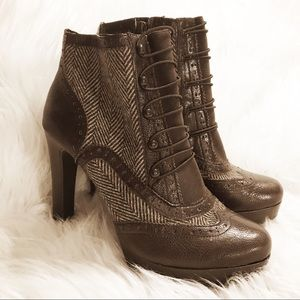 Brown Leather and fabric heeled booties